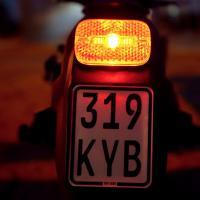 IO HAWK Legend Schwarz/Schwarz Straßen-Bereifung ohne Blinker