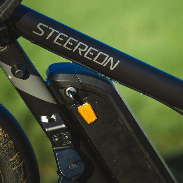 STEEREON C25 mit Sitz weiss